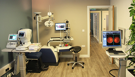 how to open eye clinic